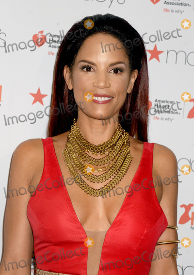 Veronica Webb Photo - Photo by Dennis Van TinestarmaxinccomSTAR MAX2017ALL RIGHTS RESERVEDTelephoneFax (212) 995-11962917Veronica Webb at The American Heart Associations Go Red For Women Red Dress Collection in New York City