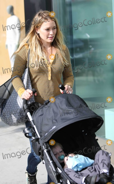 HILLARY DUFF Photo - Photo by VPFPCstarmaxinccom2013ALL RIGHTS RESERVEDTelephoneFax (212) 995-1196102713Hillary Duff and Luca Cruz Comrie out and about(Los Angeles CA)