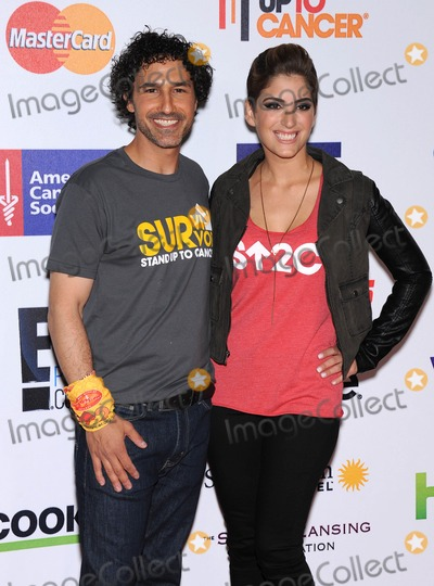 Ethan Zohn Photo - Photo by KGC-11starmaxinccomSTAR MAX2014ALL RIGHTS RESERVEDTelephoneFax (212) 995-11969514Ethan Zohn and Suleika Jaouad at the Entertainment Industry Foundations (EIF) Stand Up To Cancer (SU2C) Benefit Gala(Hollywood CA)