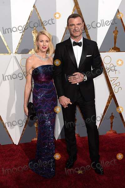 The 88 Photo - Photo by DPAADstarmaxinccomSTAR MAX2016ALL RIGHTS RESERVEDTelephoneFax (212) 995-119622816Naomi Watts and Liev Schreiber at the 88th Annual Academy Awards (Oscars) in Hollywood CA(Los Angeles USA)