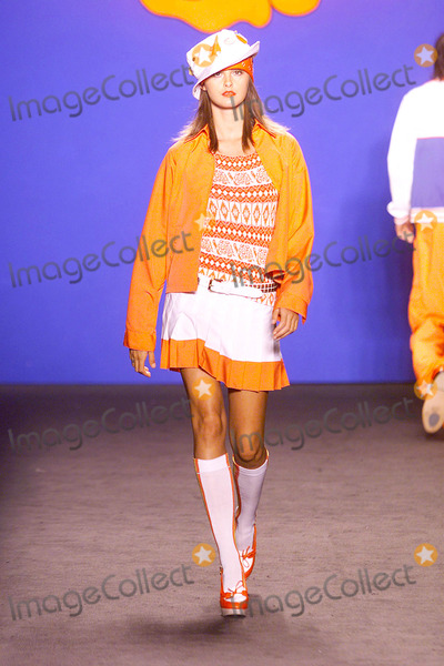 Trish Goff Photo - Photo by  Tom LauLoud  Clear MediaSTAR MAX Inc2002 ALL RIGHTS RESERVED  TelFax (212) 995-119692002Trish Goff at the Anna Sui Spring 2003 runway show(NYC)