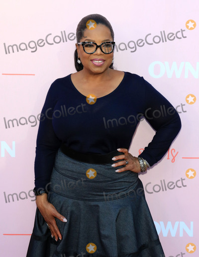 Oprah Winfrey Photo - Photo by zzgotpapstarmaxinccomSTAR MAXCopyright 2018ALL RIGHTS RESERVEDTelephoneFax (212) 995-119661118Oprah Winfrey at the OWN Network premiere of Love Is in Hollywood CA