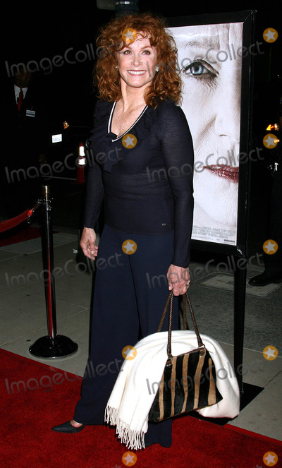 Stephanie Powers Photo - Photo by NPXstarmaxinccom200610306Stephanie Powers at the premiere of The Queen(Beverly Hills CA)Not for syndication in France