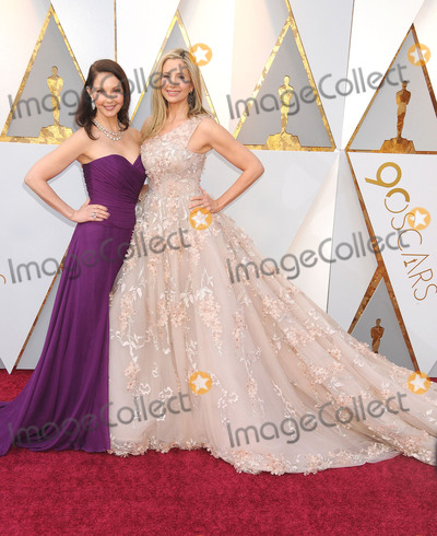 Ashley Judd Photo - Photo by GalaxystarmaxinccomSTAR MAXCopyright 2018ALL RIGHTS RESERVEDTelephoneFax (212) 995-11963418Ashley Judd and Mira Sorvino at the 90th Annual Academy Awards (Oscars) presented by the Academy of Motion Picture Arts and Sciences(Hollywood CA USA)