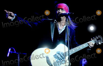 Brett Michaels Photo - Photo by Dennis Van TinestarmaxinccomSTAR MAX2014ALL RIGHTS RESERVEDTelephoneFax (212) 995-119641514Brett Michaels performs at The Hard Rock Cafe(NYC)