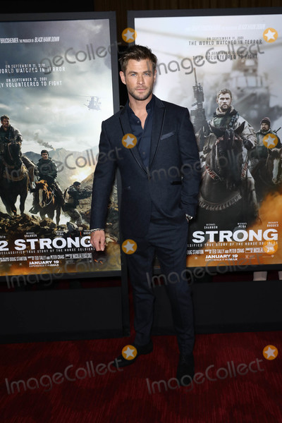 Chris Hemsworth Photo - Photo by John NacionstarmaxinccomSTAR MAX2018ALL RIGHTS RESERVEDTelephoneFax (212) 995-119611618Chris Hemsworth at the premiere of 12 Strong in New York City