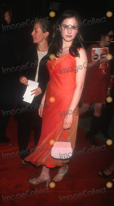 Anna Paquin Photo - Photo by Peter KramerSTAR MAX Inc 200091100Anna Paquin at the premiere of Almost Famous(Chelsea West Theater NYC)