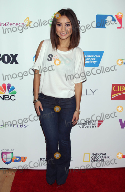 Brenda Song Photo - Photo by REWestcomstarmaxinccomSTAR MAX2016ALL RIGHTS RESERVEDTelephoneFax (212) 995-11969916Brenda Song at The 5th Biennial Stand Up To Cancer (SU2C)(Los Angeles CA)