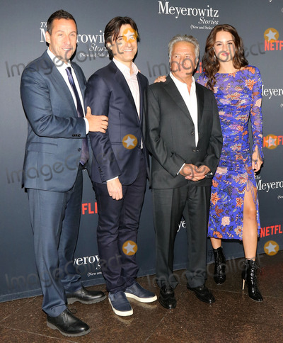 Adam Sandler Photo - Photo by gotpapstarmaxinccomSTAR MAXCopyright 2017ALL RIGHTS RESERVEDTelephoneFax (212) 995-1196101117Adam Sandler Noah Baumbach Dustin Hoffman and Grace Van Patten at a screening of The Meyerowitz Stories(Los Angeles CA)