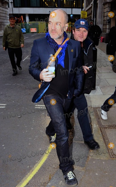 R E M Photo - REM frontman Michael Stipe poses for photos with fans as he arrives at BBC Radio 2 London UK 31111
