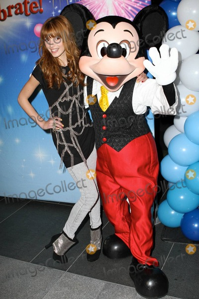 Bella Thorne Photo - Bella Thorne at Disney On Ice Lets Celebrate premiere at LA Live Los Angeles CA 121510
