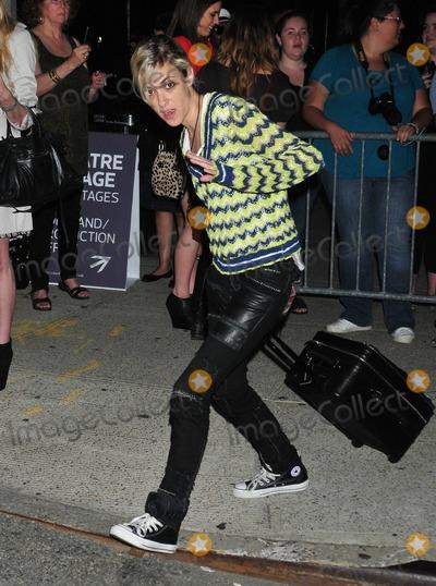 Samantha Ronson Photo - Lindsay Lohans ex-girlfriend Samantha Ronson arrives at the Mercedes-Benz New York Fashion Week SpringSummer 2012 New York NY 10th September 2011