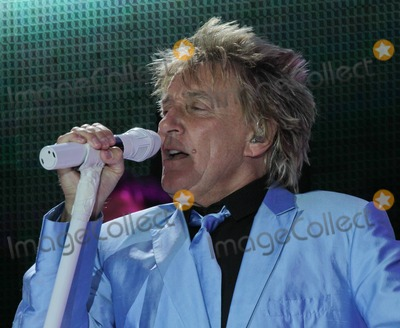 The Thrills Photo - Rod Stewart performs at Newbury Racecourse - Newbury Live to a packed out crowd of 20000 plus Stewart performed his hit songs and changed 3 times into different coloured suits He also showed his new baby boy Aiden to the thrilled crowd via the large screens on stage Newbury UK  052911