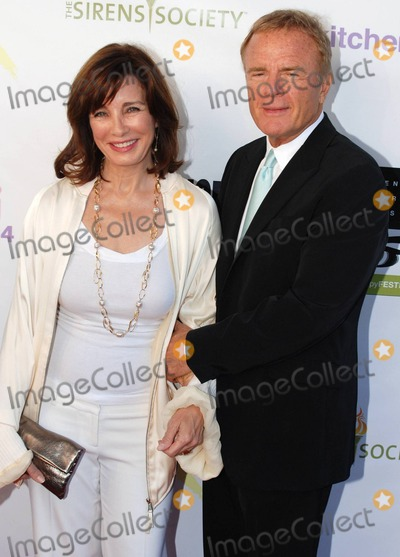Anne Archer Photo - Anne Archer and Terry Jastrow attend the Sirens Societys 2nd annual benefit FILManthropy Festival held at Cinespace  The goal of FILManthopy is to showcase movies that inspire educate raise awareness and motivate so that the audience may through their eyes open their minds and their hearts to creating a better world for all  This years event honored actress Anne Archer as FILManthropist of the Year 2010 Los Angeles CA 100310