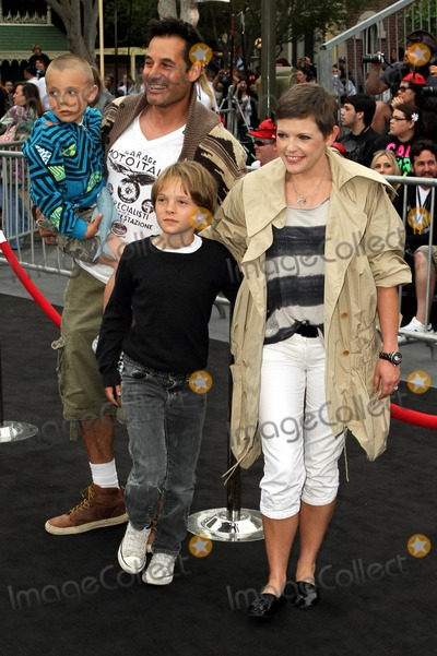 Adrian Pasdar Photo - Natalie Maines Adrian Pasdar and family at the premiere of Pirates of the Caribbean On Stranger Tides at Disneyland Los Angeles CA 05072011