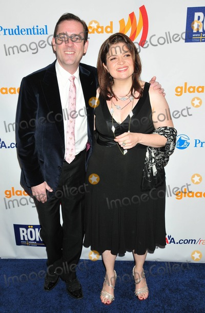 ALEX GUARNASCHELLI Photo - Ted Allen and Alex Guarnaschelli pose for photographers at the 22nd Annual GLAAD Media Awards presented by ROKK Vodka held at Marriott Marquis Times Square New York NY 031911