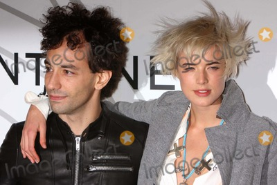Albert Hammond Jr Photo - New York NY 10-21-2008Albert Hammond Jr and Agyness Deynopening party for MOBILE ART CHANEL Contemporary Art Container by Zaha Hadid at Rumsey Playfield Central ParkDigital photo by Lane Ericcson-PHOTOlinknet