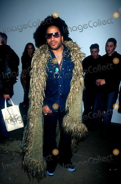 Lenny Kravitz Photo -  122001 the Lenny Kravitzmark Seliger Photo Exhibit and Book Signing NYC Lenny Kravitz Photo by Henry McgeeGlobe Photos Inc