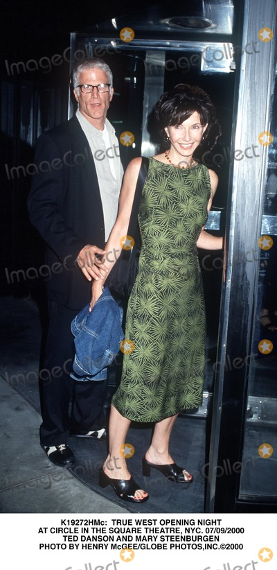 Mary Steenburgen Photo -  True West Opening Night at Circle in the Square Theatre NYC 07092000 Ted Danson and Mary Steenburgen Photo by Henry McgeeGlobe Photosinc