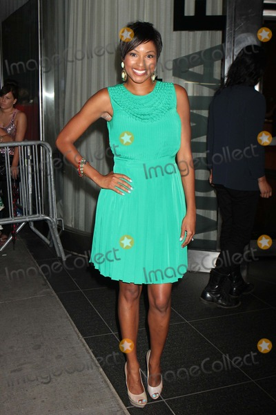 Alicia Quarles Photo - Alicia Quarles of E News Arriving at the Premiere of Cosmopolis at Moma in New York City on 08-13-2012 Photo by Henry Mcgee-Globe Photos Inc 2012