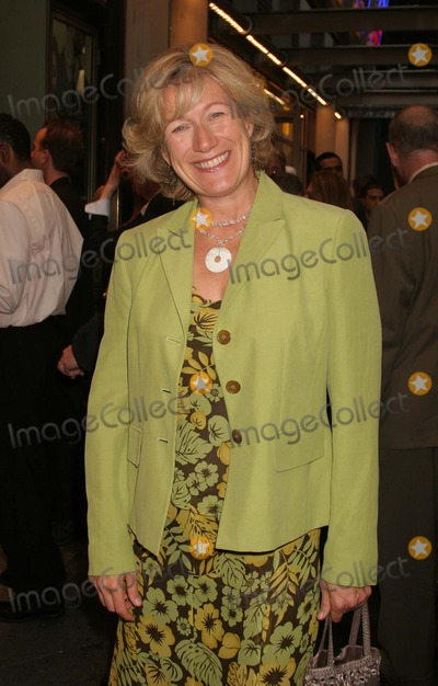 Jayne Atkinson Photo - New York NY  06-16-2005Jayne Atkinson attends the opening night of the Roundabout Theatre Companys The Constant Wife at the American Airlines Theatre Digital Photo by Lane Ericcson-PHOTOlinkorg