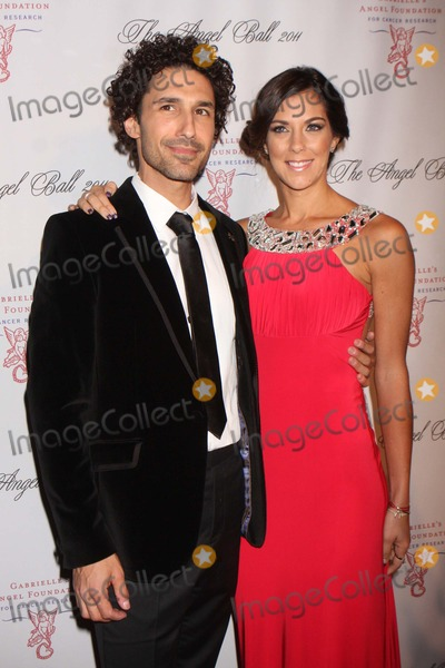 Ethan Zohn Photo - Ethan Zohn and Jenna Morasca Arriving at Angel Ball 2011 at Cipriani Wall Street in New York City on 10-17-2011 Photo by Henry Mcgee-Globe Photos Inc 2011