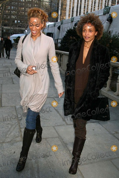 Nicole Mitchell Murphy Photo - Nicole Mitchell Murphy and Stacie Jones Upchurch at Tracy Reese Showing of Fall Collection at Bryant Park in New York City on 02-04-2007 Photo by Henry McgeeGlobe Photos Inc 2007
