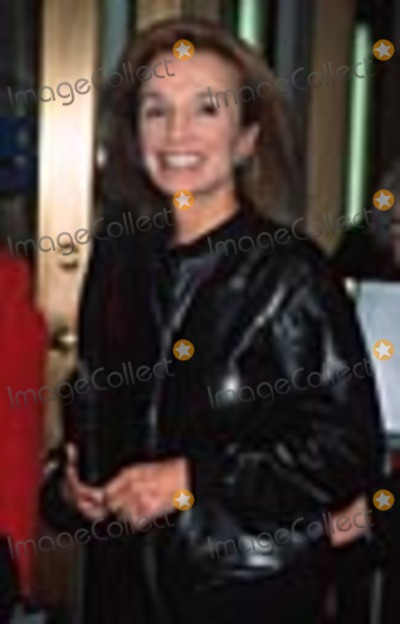Lee Radziwill Photo -  Thou Shalt Not Opening Night at the Plymouth Theatre NYC 102501 Lee Radziwill Photo by Henry McgeeGlobe Photos Inc
