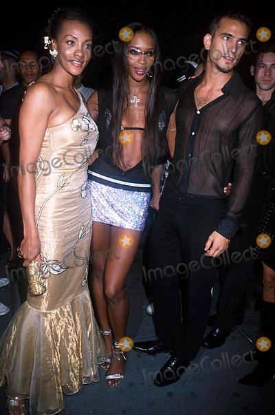 Enrique Palacio Photo - Fashion Week Party Lotus NYC 091902 Photo by Henry McgeeGlobe Photos Inc 2002 Vivica a Fox Naomi Campbell Enrique Palacio