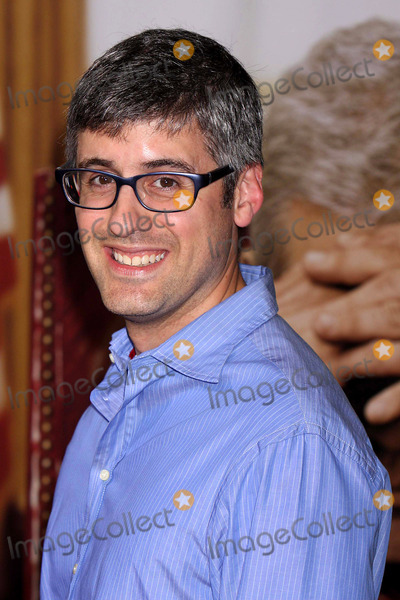 Mo Rocca Photo - MO Rocca Arriving at the World Premiere of Oliver Stones W at the Ziegfeld Theatre in New York City on 10-14-2008 Photo by Henry McgeeGlobe Photos Inc 2008