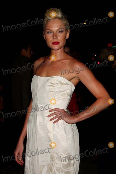 Kate Nauta Photo - Kate Nauta Arriving at the Premiere of the Burning Plain at the Sunshine Cinema in New York City on 09-16-2009 Photo by Henry Mcgee-Globe Photos Inc 2009