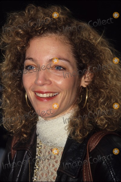 Amy Irving Photo - Amy Irving 1994 L0651hmc Photo by Henry Mcgee-Globe Photos Inc