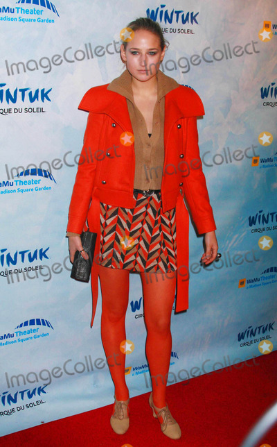 Leelee Sobieski Photo - Leelee Sobieski Arriving at the World Premiere of Wintuk the Newest Creation From Cirque Du Soleil at the Wamu Theater at Madison Square Garden in New York City on 11-07-2007 Photo by Henry McgeeGlobe Photos Inc 2007