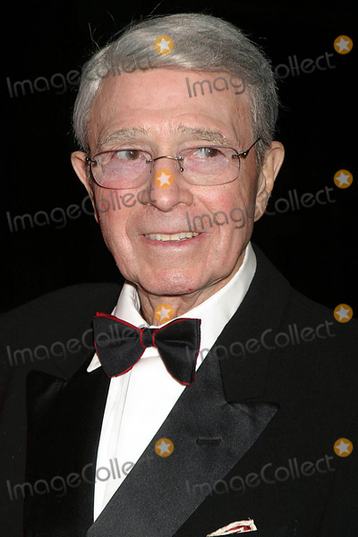 Army Archerd Photo - Arriving at the Kennedy Center Honors Trustees Dinner at the Department of State in Washington DC on 12-4-2004 Photo by Henry McgeeGlobe Photos Inc 2004