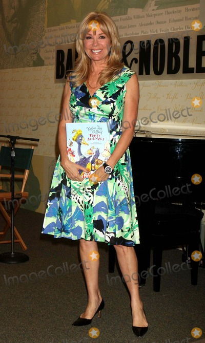 Kathy Lee Photo - Kathie Lee Gifford Signing Party Animals at Barnes  Noble Lincoln Triangle in New York City on 04-13-2010 Photo by Henry Mcgee-Globe Photos Inc 2010