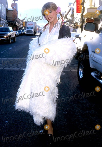 Angel Benton Photo - Sundance Film Festival Britney Baby-one More Time  Utah Photo Henry Mcgee Globe Photos Inc 2003 Angel Benton