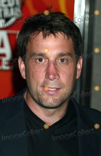 Cam Neely Photo - Cam Neely at Comedy Centrals the Roast of Denis Leary at the Hammerstein Ballroom in New York City on June 19 2003 Photo Henry McgeeGlobe Photos Inc 2003