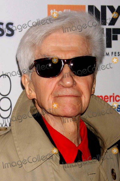 Alain Resnais Photo - Director Alain Resnais Arriving at the Opening Night of the New York Film Festival Screening of Wild Grass at Lincoln Centers Alice Tully Hall in New York City on 09-25-2009 Photo by Henry Mcgee-Globe Photos Inc 2009