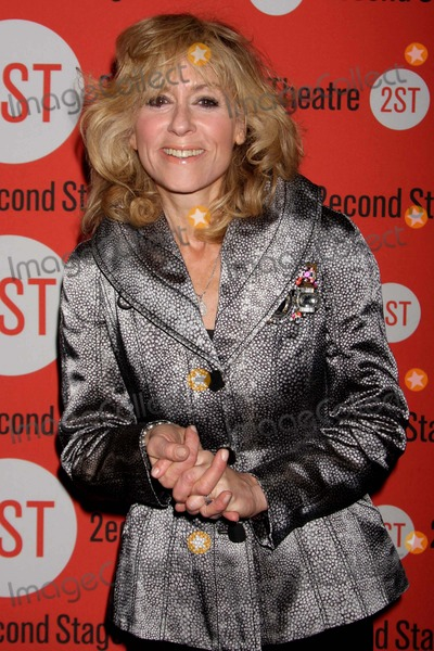Anna  DEAVERE Smith Photo - Judith Light Arriving at the Opening Night Performance of Anna Deavere Smiths Let Me Down Easy at Second Stage Theatre in New York City on 10-07-2009 Photo by Henry Mcgee-Globe Photos Inc 2009