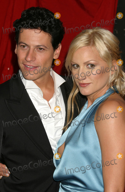Alice Evans Photo - Ioan Gruffudd and Alice Evans Arriving at the Premiere of King Arthur at the Ziegfeld Theatre in New York City on June 28 2004 Photo by Henry McgeeGlobe Photos Inc 2004