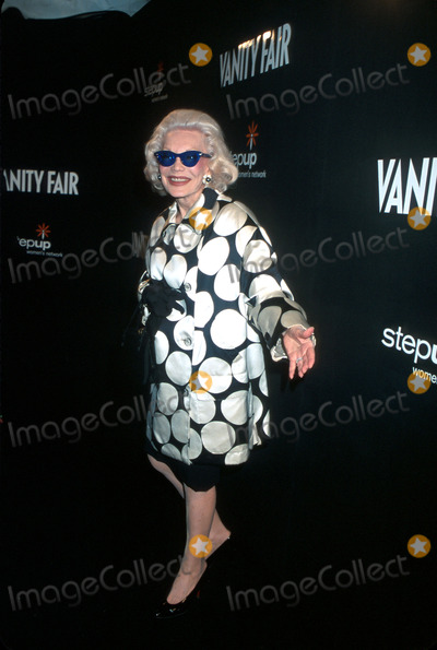 Anne Slater Photo - 1st Vanity Fair in Concert Series at Donna Karan New York Flagship Store Nyc101702 Photo by Henry McgeeGlobe Photos Inc 2002 Ann Slater