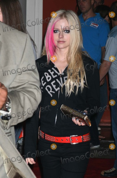 AVRIL LEVIGNE Photo - NYC  090707Avril Lavigne after an appearance on Live with Regis  KellyDigital Photo by Adam Nemser-PHOTOlinknet