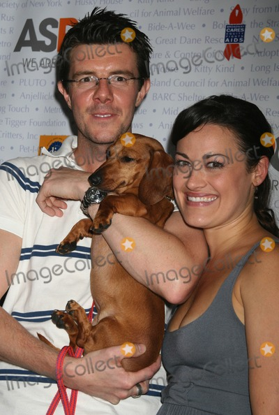 ASHLEY BROWN Photo - Lee_Brown7724JPGNYC  071407Gavin Lee and Ashley Brown (MARY POPPINS)BROADWAY BARKS 8 a dog and cat adopt-a-thon hosted by Bernadette Peters and Mary Tyler Moore in Shubert AlleyDigital Photo by Adam Nemser-PHOTOlinknet
