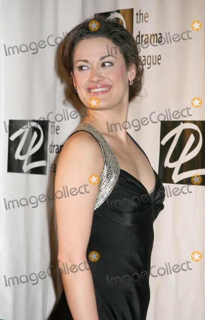 ASHLEY BROWN Photo - NYC  020507Ashley Brown (currently starring in Mary Poppins) at the 22nd annual benefit gala for THE DRAMA LEAGUE When Hollywood Met Broadway Great Songs from Stage and Screen at the Rainbow RoomDigital Photo by Adam Nemser-PHOTOlinknet