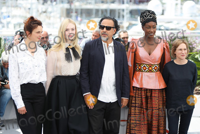 Alice Rohrwacher Photo - CANNES FRANCE - MAY 14 Jury Members Alice Rohrwacher Elle Fanning President of the Main competition jury Alejandro Gonzalez Inarritu Maimouna NDiaye and Kelly Reichardt attend the Jury photocall during the 72nd annual Cannes Film Festival on May 14 2019 in Cannes France (Photo by Laurent KoffelImageCollectcom)