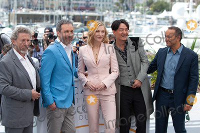 Chang Chen Photo - CANNES FRANCE - MAY 8 (L-R) Jury members Robert Guediguian Denis Villeneuve jury president Cate Blanchett and jury members Chang Chen and Andrey Zvyagintsev attend the photocall for Jury during the 71st annual Cannes Film Festival at Palais des Festivals on May 8 2018 in Cannes France(Photo by Laurent KoffelImageCollectcom)