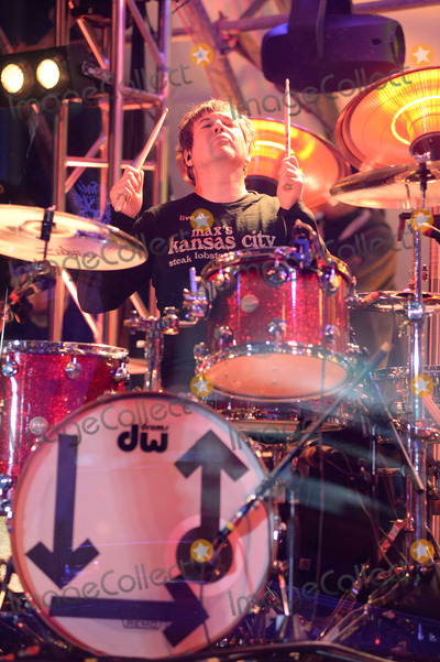 Clem Burke Photo - February 1 2014 New York CityClem Burke of Blondie performs at Super Bowl Boulevard on February 1 2014 in New York City