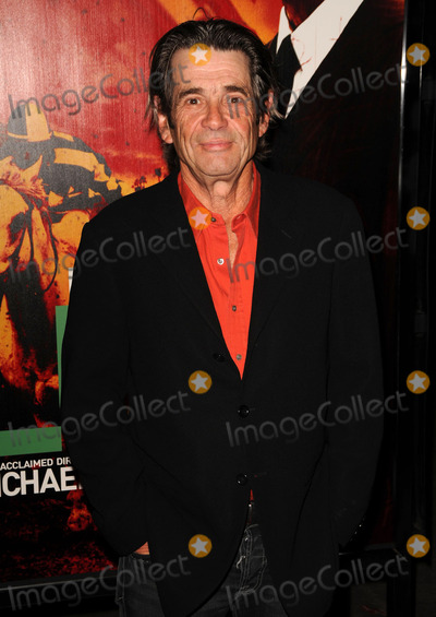 Alan Rosenberg Photo - Alan Rosenberg arriving at the Los Angeles Premiere of HBOs LUCK at Graumans Chinese Theatre on January 25 2012 in Hollywood California