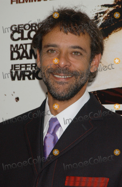 Alexander Siddig Photo - Red Carpet Arrivals for the US Premiere of the Warner Bros film Syriana at the Loews Lincoln Square Theatre
