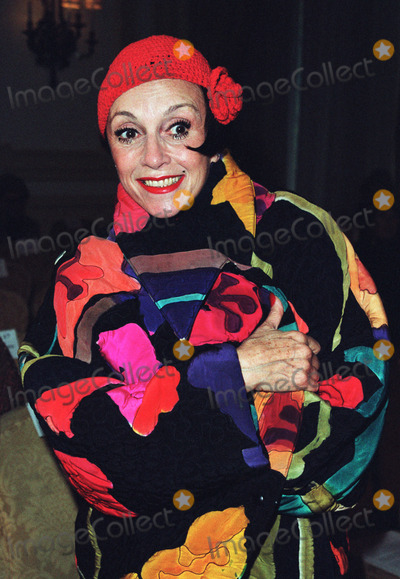 Liza Minnelli Photo - Dennis Basso fashion designer to the stars held his annual Fur Fashion Show at the Pierre Hotel in New York where Liza Minnelli was the grand finale of his show PICTURED ISLilianne Montevecchi  May 20 2002